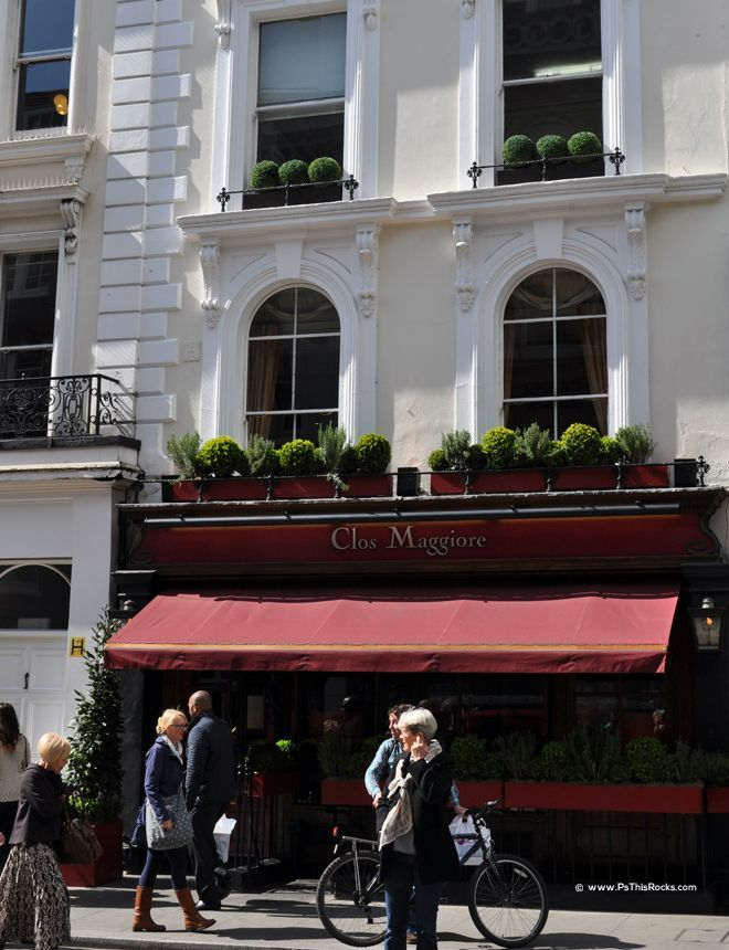 Clos Maggiore, Relax & Enjoy Eats in the Clos Maggiore Conservatory