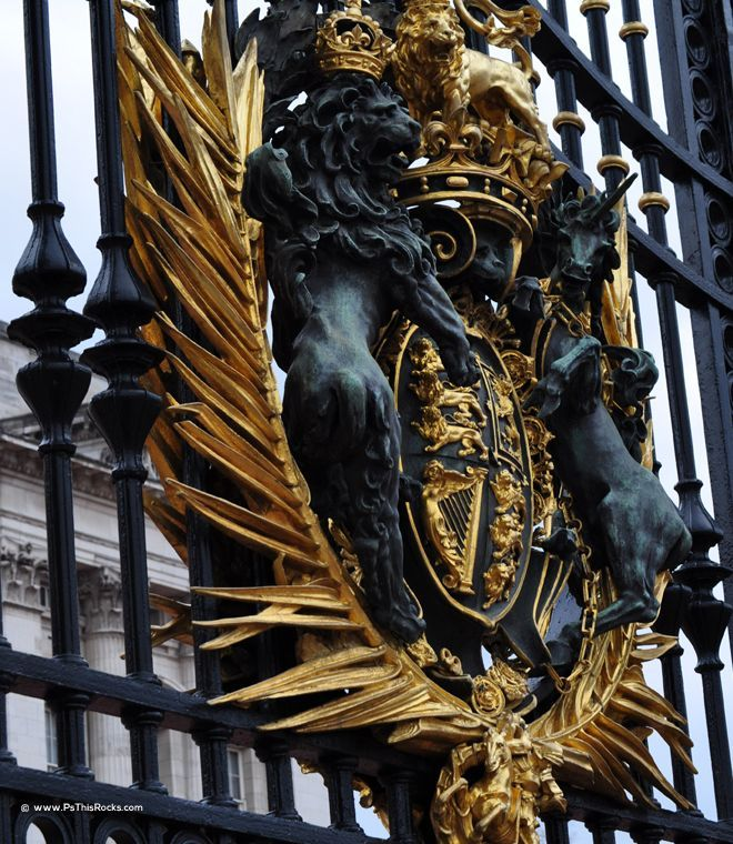 Buckingham Palace, Protect your wallet as they protect the Queen of England: Buckingham Palace