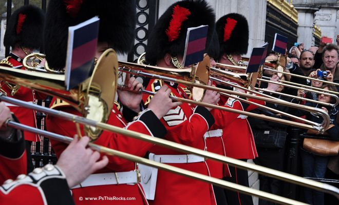 Queens guards band