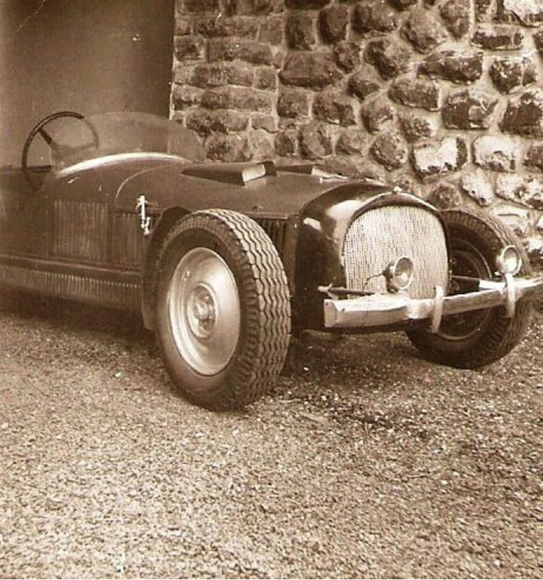 an Alfa Romeo that had an aluminum body and had been handmade for Mussolini, rare vintage car, rare antique car collection,