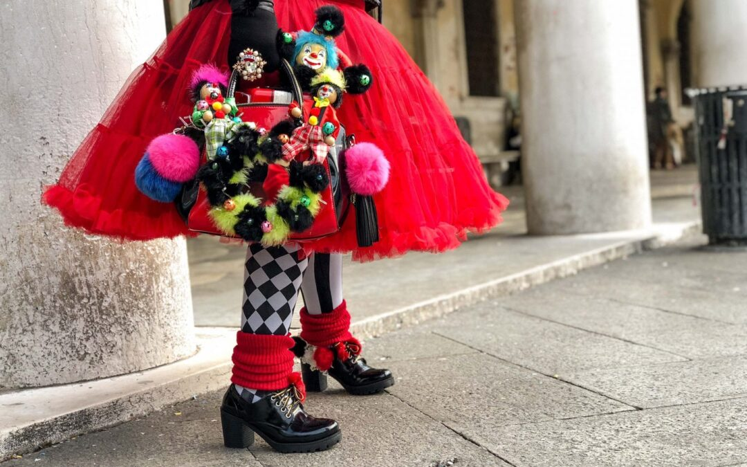 Best 42 Masks & Costumes From The Original Carnaval in Venice, Italy aka. Venezia, Italia