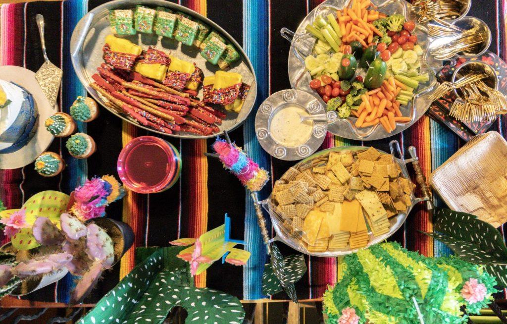 Fiesta-Theme-Party-Decor-Ideas